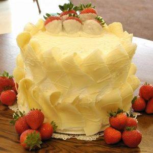 White Chocolate Curl Cake